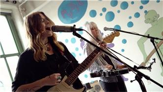 Larkin Poe live at Baeble HQ