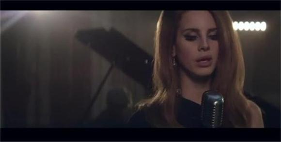 Lana Del Rey Does Her Best Adele Impression