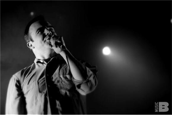 Out And About: Future Islands Explode In Manhattan