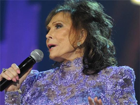 Loretta Lynn Pairs Up With Elvis Costello For New Tunes