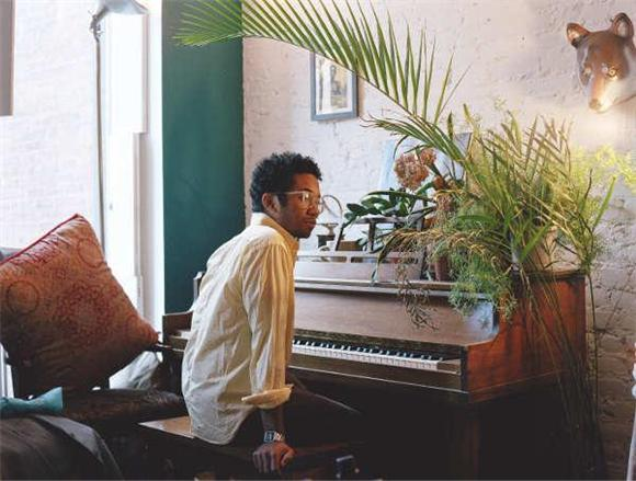 new music video: toro y moi