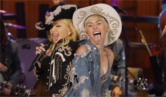 Miley, Madonna, and a Canadian Tuxedo: It's MTV Unplugged