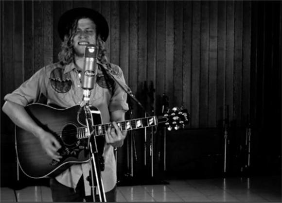 Allen Stone Performs 'Figure It Out' In Single-Take Session