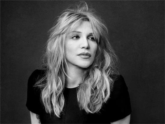 Courtney Love Reminds Us She's Still Got It On Radiohead Cover