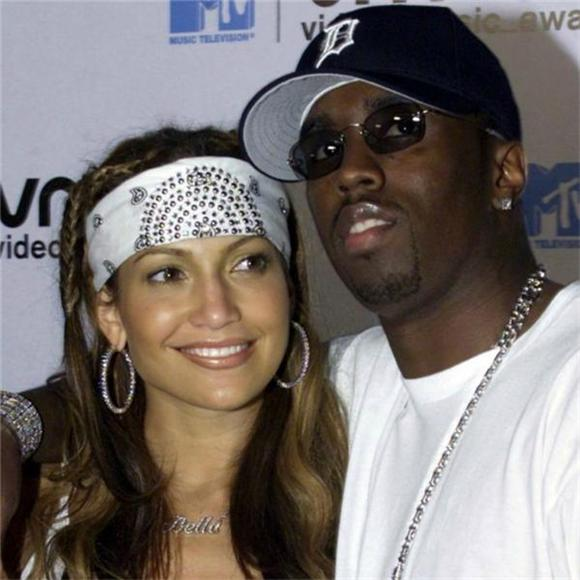 Puff Daddy Is Still Obsessed With J.Lo's Ass
