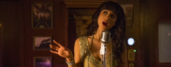 Watch Foxes Cover Queen In A Cameo On Doctor Who