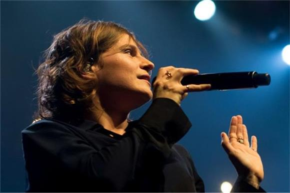Christine And The Queens Put On Powerful Performance At Terminal 5