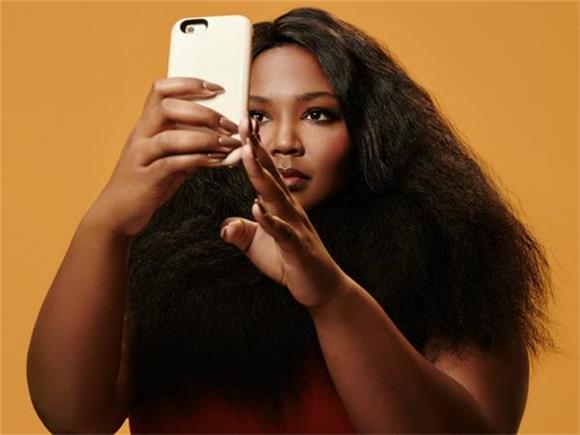SONG OF THE DAY: 'Phone' by Lizzo