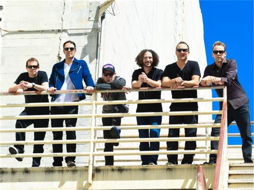 BAEBLE FIRST PLAY: Umphrey's McGee Continue Mashup Mastery With 'Sweet Sunglasses'