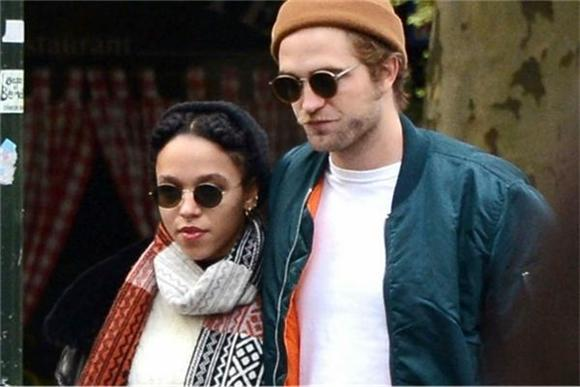 FKA twigs Uses Robert Pattinson For Inspiration