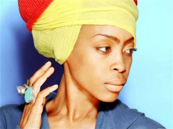 Erykah Badu Can 'Make You Put Your Phone Down'