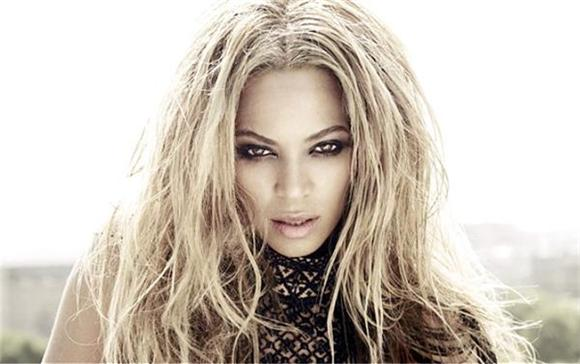 Beyonce Releases Full Versions Of '711' and 'Ring Off'