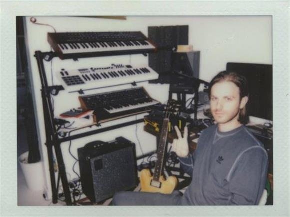 GEAR TALK TUESDAY: The Magic of Piano and Samples with Ex Reyes' Mikey Freedom Hart