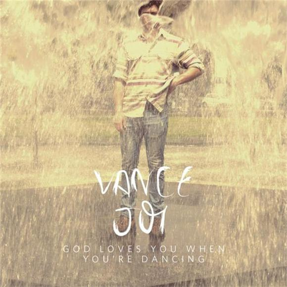 Premiere: Vance Joy's Signature Song On A Splendid New York Afternoon
