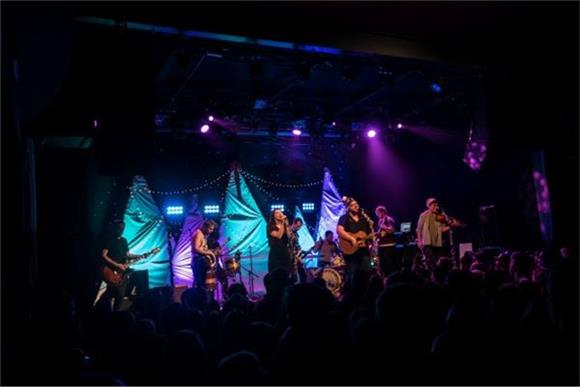 The Oh Hellos Brought Holiday Cheer To Music Hall Of Williamsburg