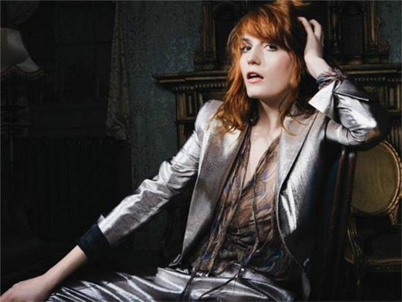 Florence And The Machine Bring Beatlemania To Paris