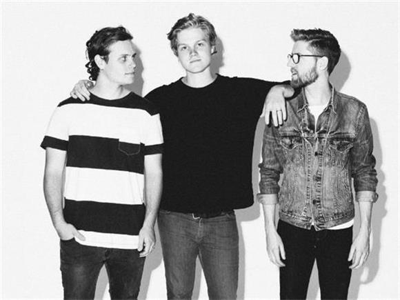 THROWBACK THURSDAY: A Bands + Brews Session with Colony House
