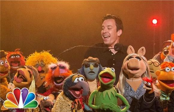 Jimmy Fallon and The Muppets Share a Last Waltz
