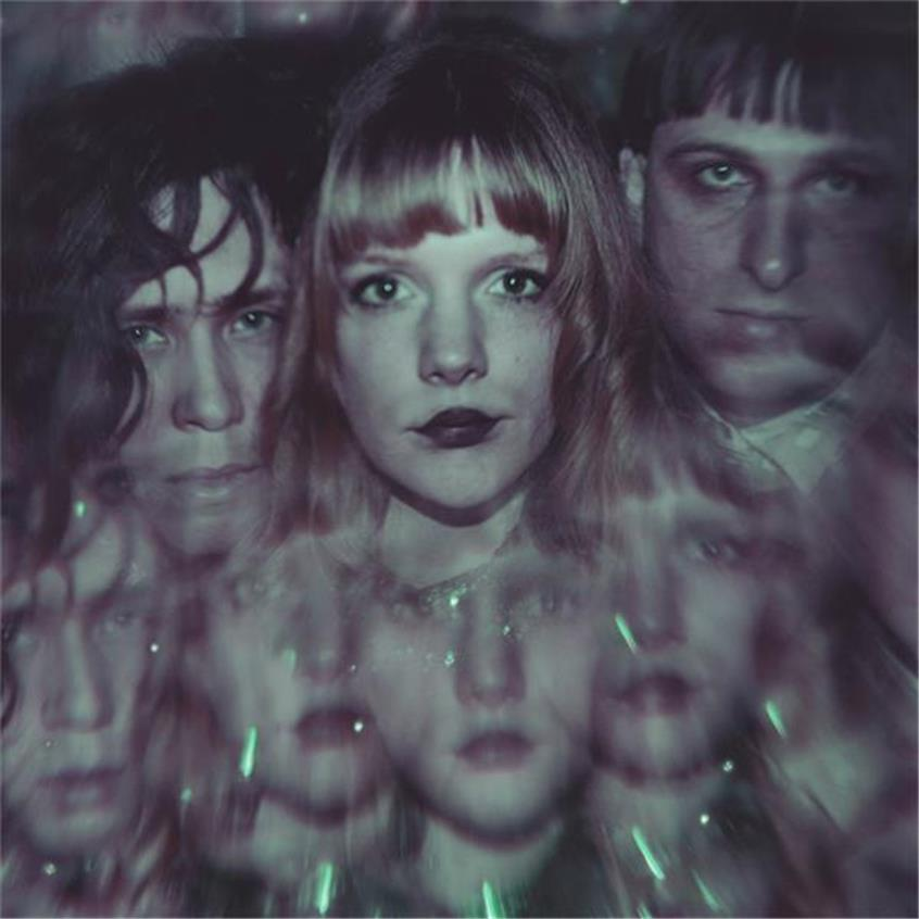 Baeble First Play: The Sparkling Neo Disco of Icky Blossoms