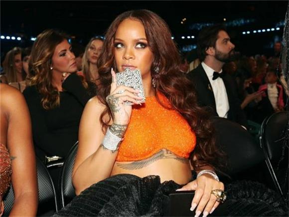 WTF WEEKLY: Rihanna Got Drunk at The Grammys + More