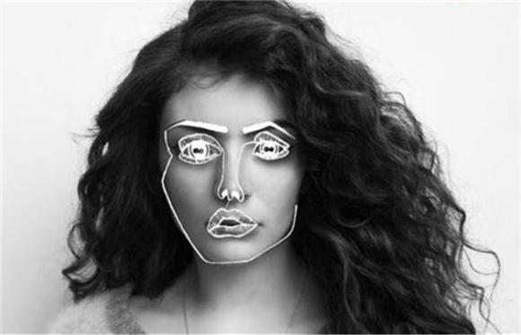 Lorde and Disclosure Perform 'Royals' and More From the BRIT Awards
