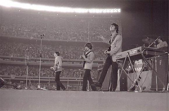 watch: the beatles at shea stadium