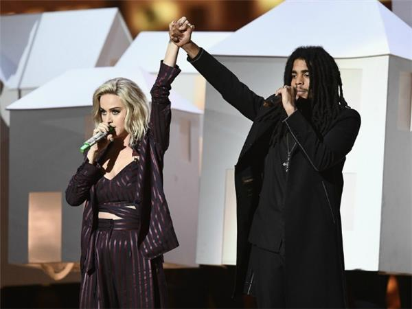Houses Are Flying Everywhere During Katy Perry's Performance at The BRIT Awards