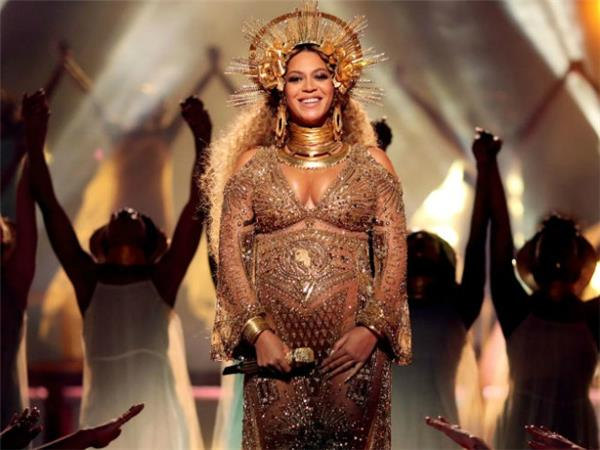 7 Artists Who Should Replace Beyonce at Coachella