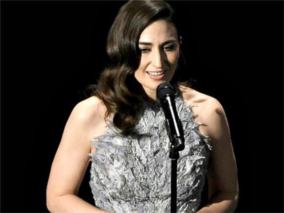 Watch Sara Bareilles Perform a Flawless Cover of Joni Mitchell's 'Both Sides Now'
