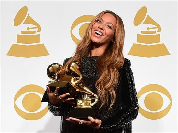 15 'Alternative Facts' About the Grammys