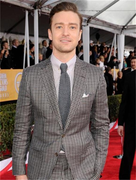 Justin Timberlake Strikes Two New Songs Live