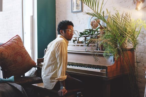Step Away From the Laptop: Toro y Moi Live Session