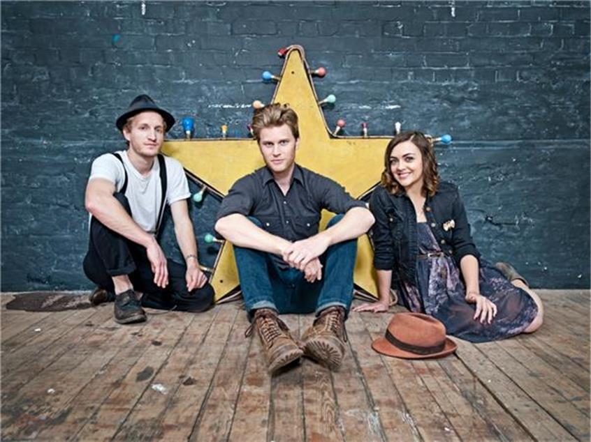 In Defense Of the Lumineers And 'Mall Indie'
