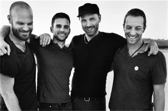 Coldplay Debuts Two New Songs at iTunes Fesitval