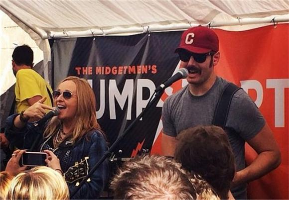 Diarrhea Planet and Melissa Etheridge Covered Tom Petty at SXSW, For Real