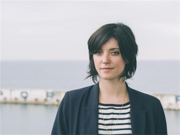 Sharon Van Etten Covers 60s Classic 'The End of The World' for 'Man in the High Castle'