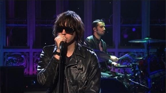 snl: miley cyrus and the strokes