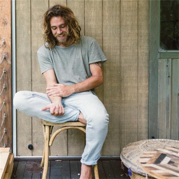 Baeble First Play: Matt Corby Isn't The 'Wrong Man'