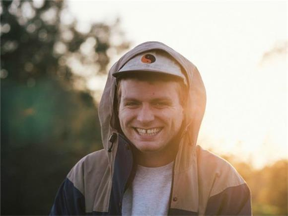 KCRW Thinks 2017 Will Be Mac Demarco's Year, Debuts 2 New Songs