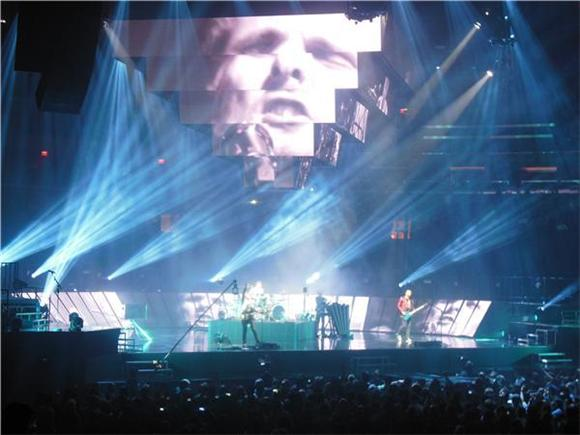 Muse and Biffy Clyro Rock Madison Square Garden - Literally