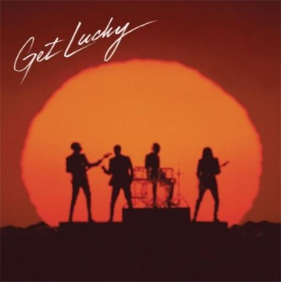 Daft Punk Premiere 'Get Lucky' on Dutch Radio