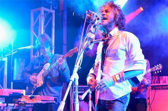 The Flaming Lips Roll Out Yoshimi in Full at SXSW