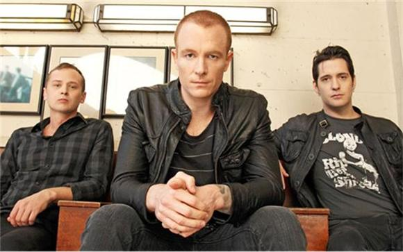 Out and About: Eve 6