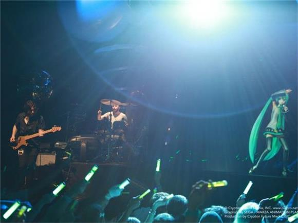 Hatsune Miku and Anamanaguchi: Too Real For Reality at Hammerstein Ballroom