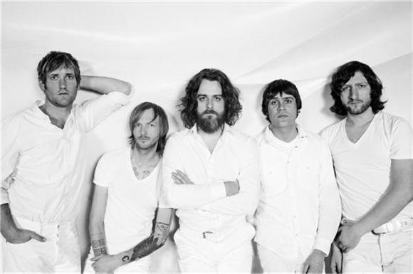 interview: minus the bear