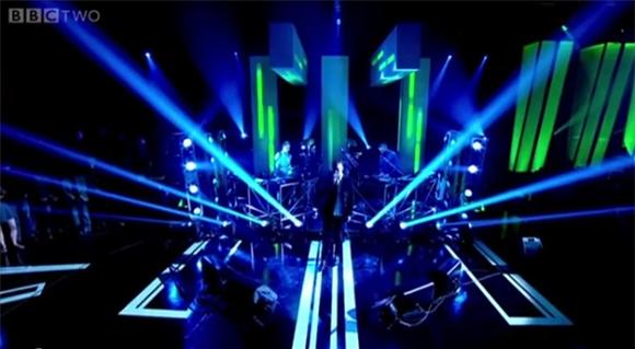 Disclosure Stuns Jools Holland with 'Latch'