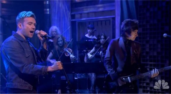 Damon Albarn Pulls Out a Blur Classic on Fallon
