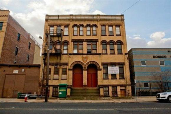 Is This The New Home of Maxwell's In Jersey City?