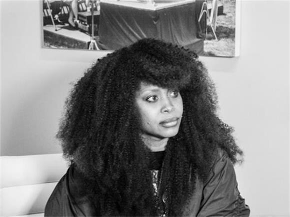 Erykah Badu is Doing Something Huge for African American Women