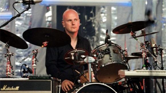 mp3: phillip selway (drummer from radiohead)